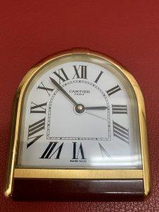 Chuyển nhượng đồng hồ để bàn...