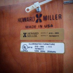 Đồng hồ tủ Howard Miller...