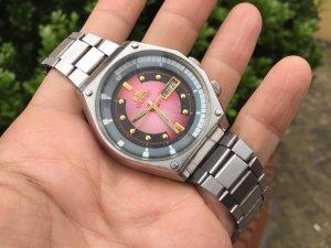 Đồng hồ Sk huyền thoại zin xưa