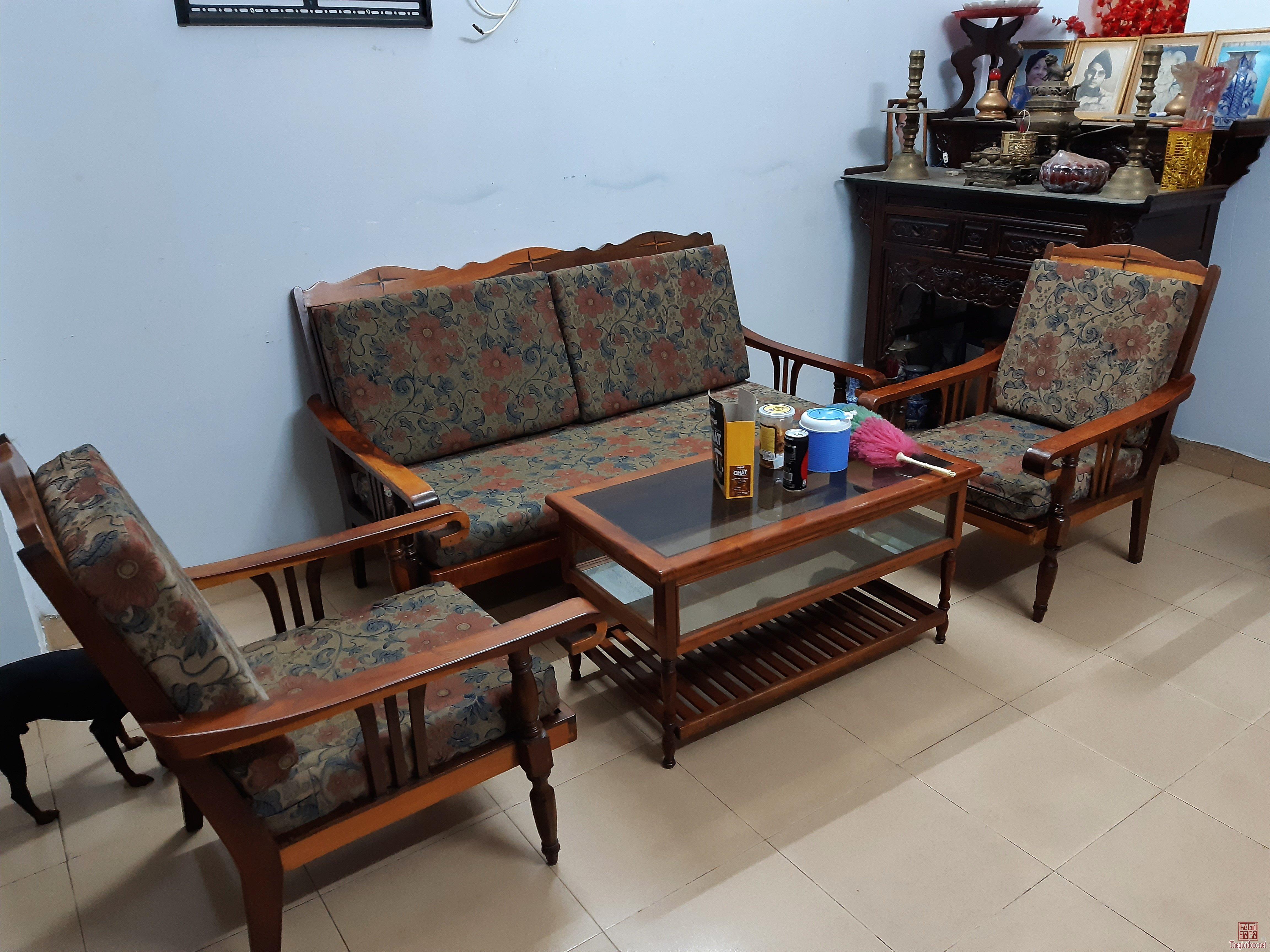 Sửa nhà bán bộ ghế lâu năm gỗ xịn