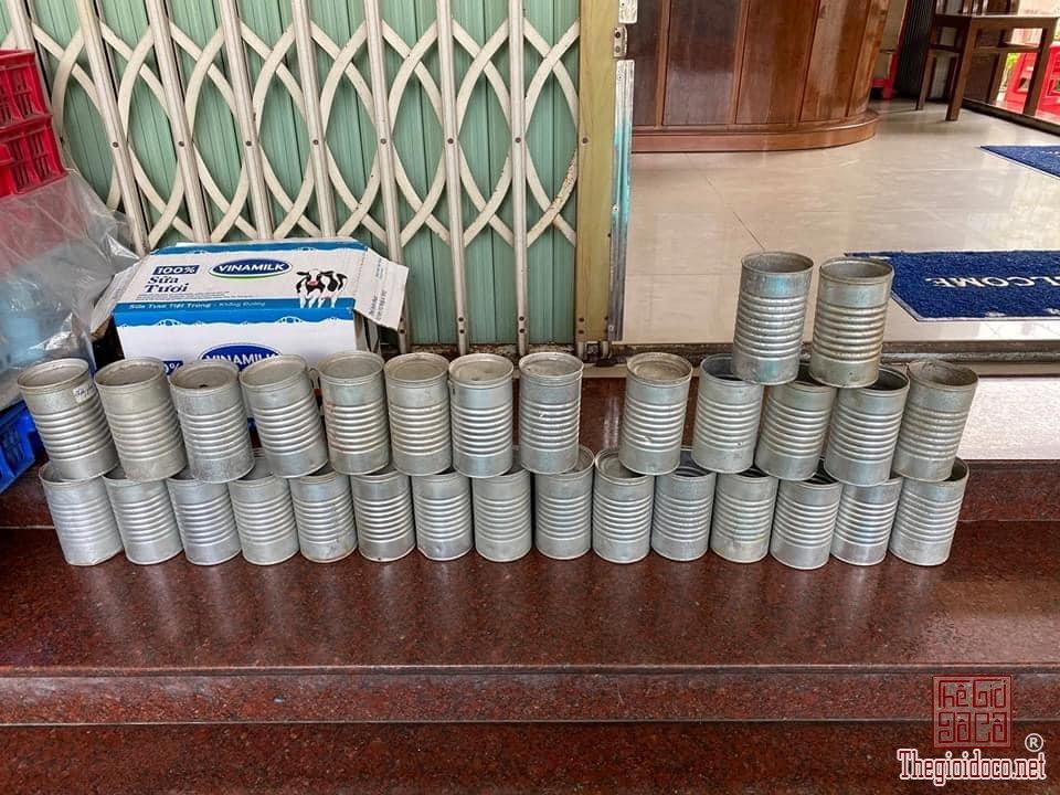 Lon sữa guigoz thời Đông Dương hơn 50 năm tuổi deco sưu tầm hoài niệm vintage zalo: 0776218163.