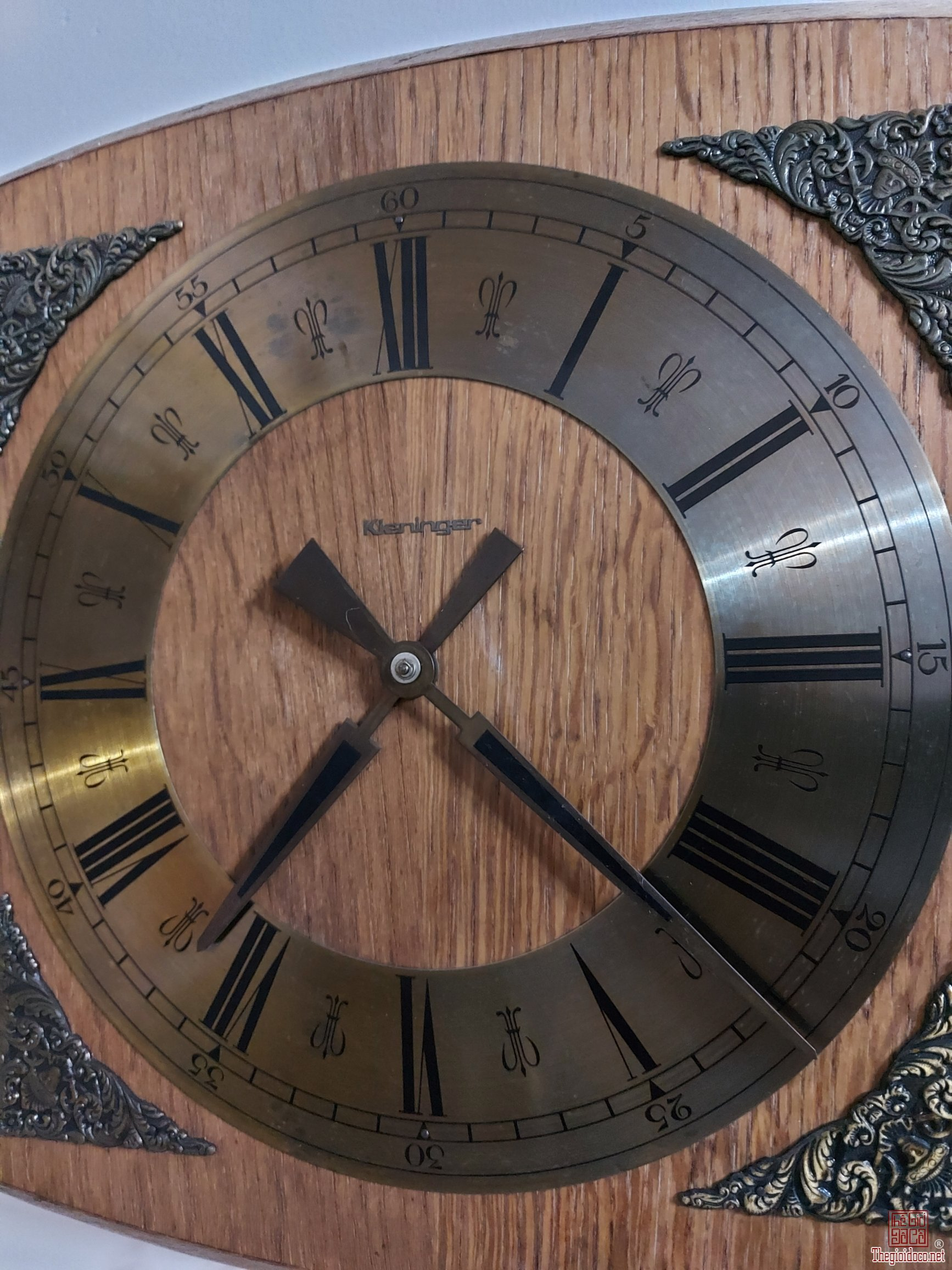 Đồng hồ tạ đức