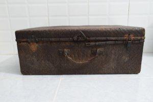 vali gỗ mây tre đan xưa của Tàu