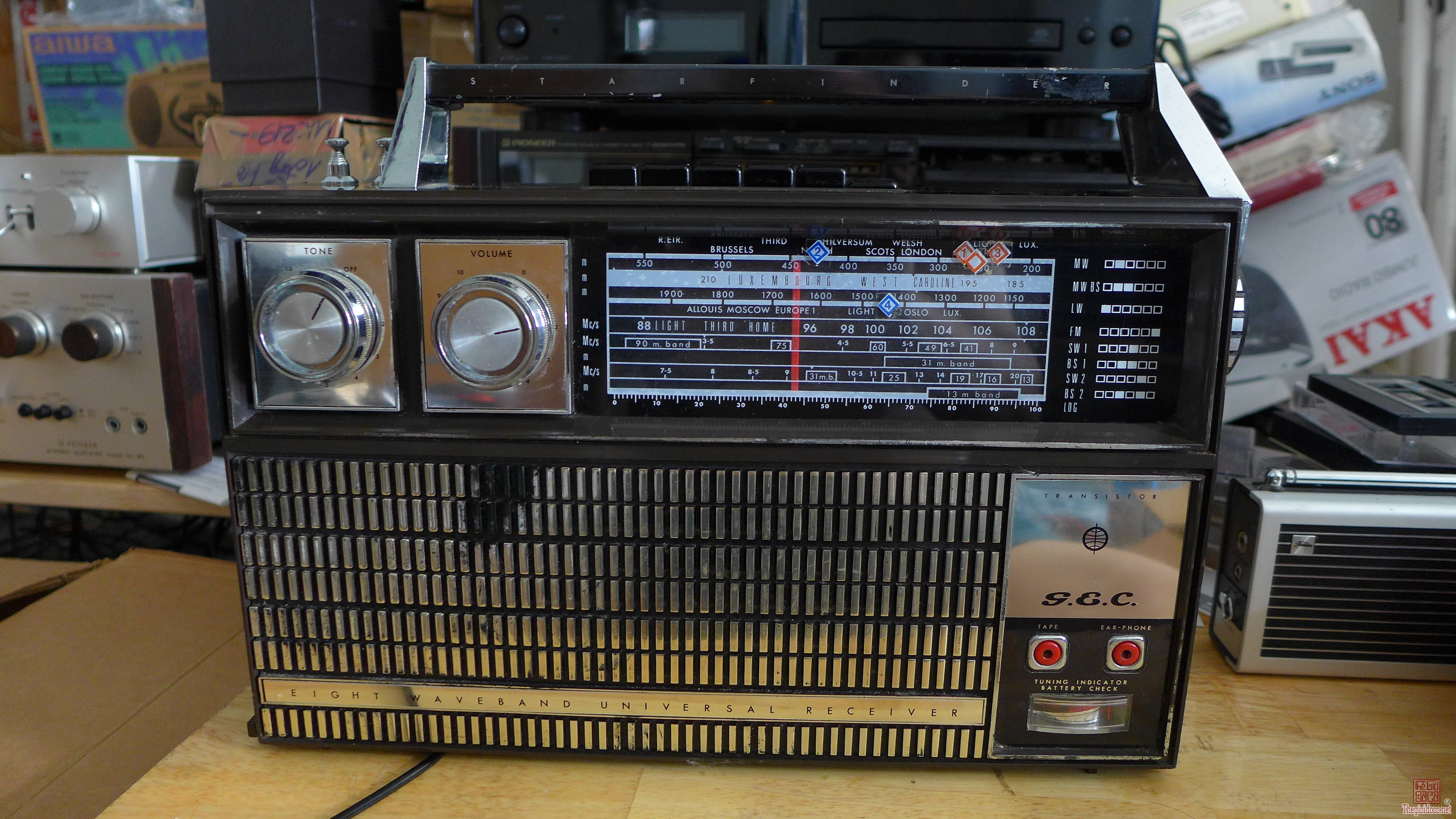 HCM - Q10 - Bán radio GEC G-820 Starfinder - 8 band tầng . Made in GB.
