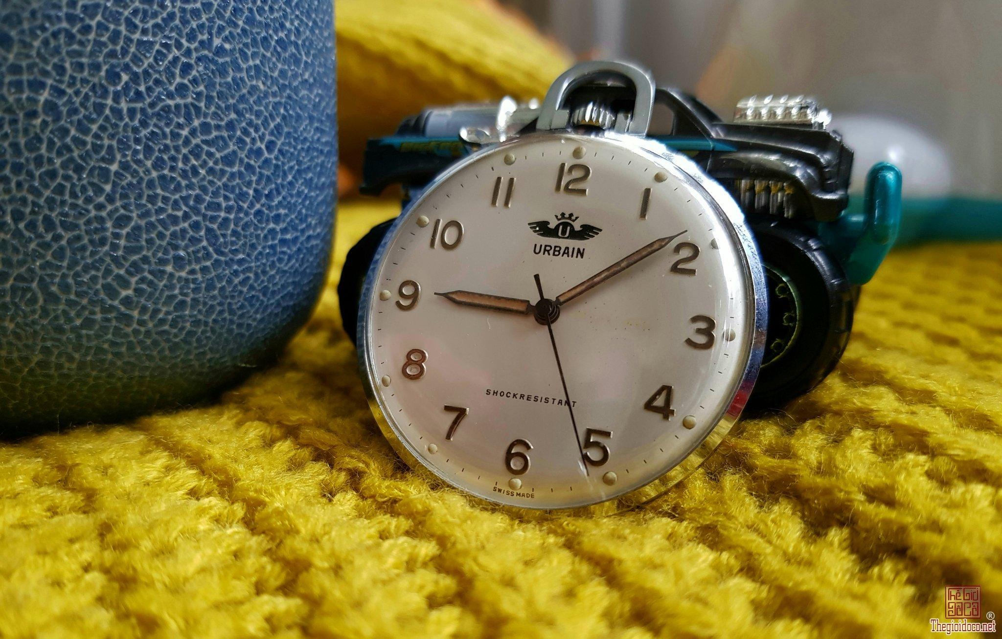 Đồng hồ quả quýt lên dây thụy sỹ cổ