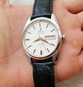 Đồng hồ xưa tự động TITONY