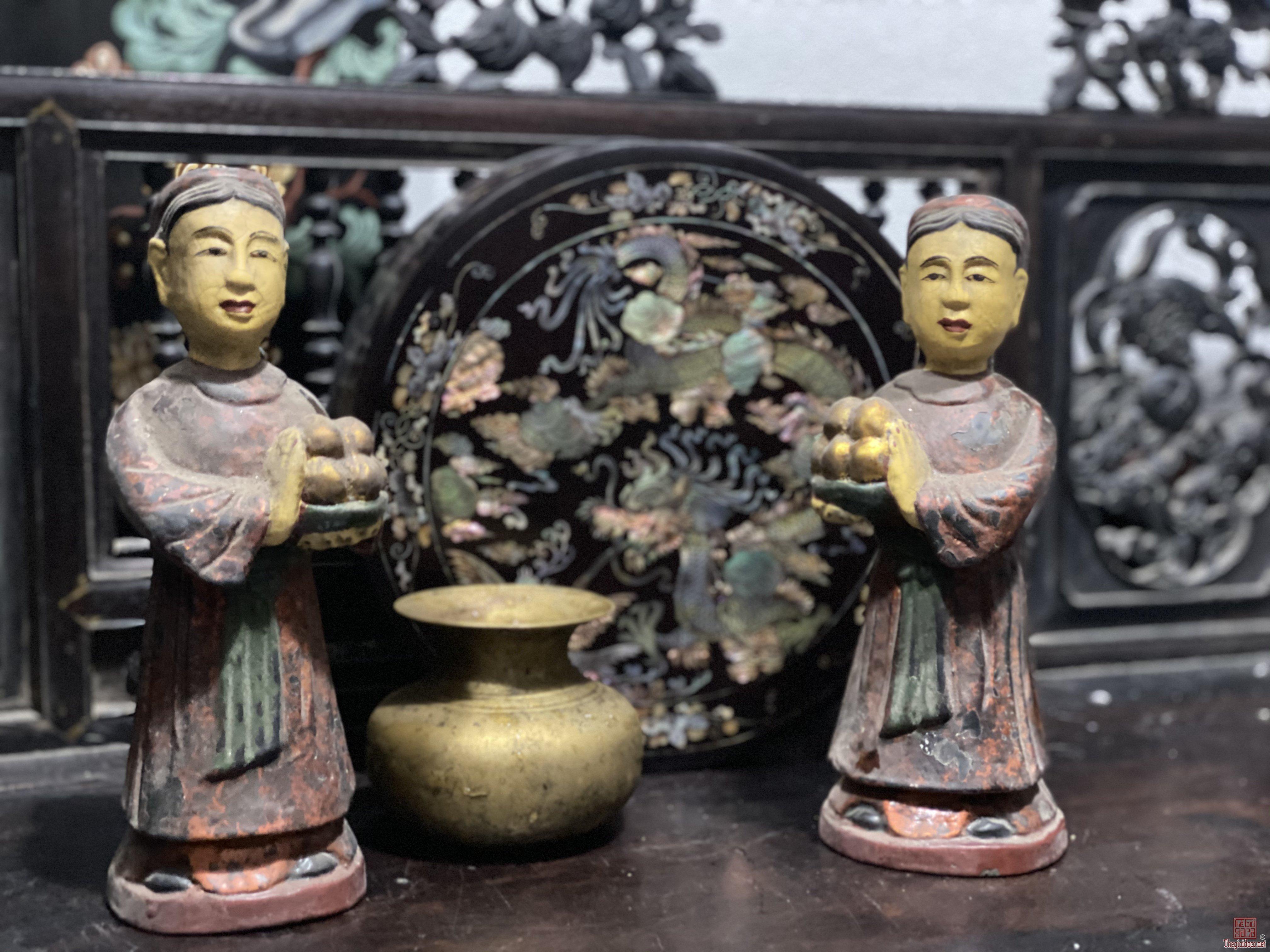Đôi tượng hầu gỗ