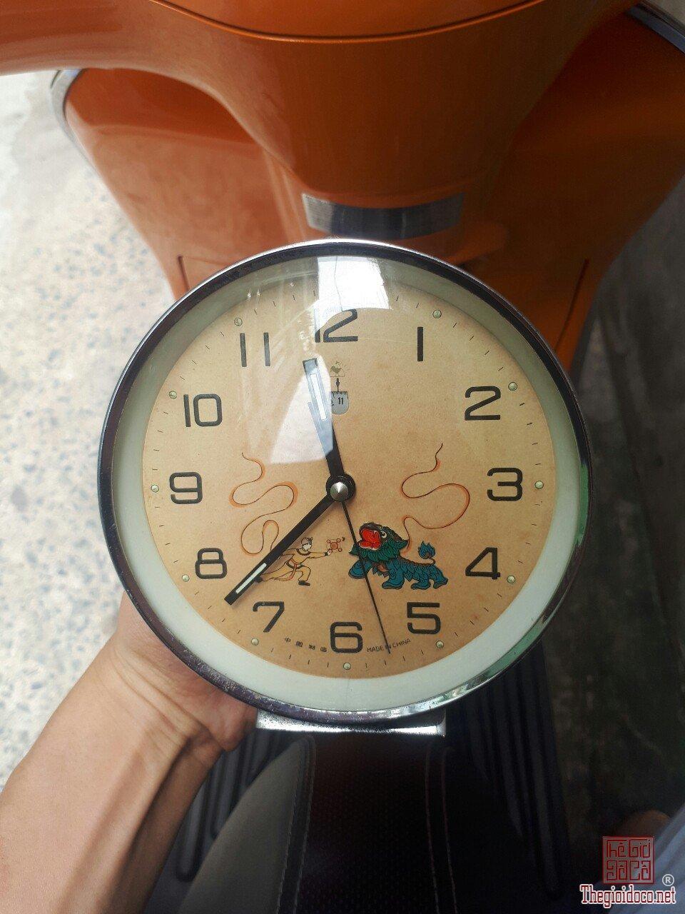 đồng hồ múa lân xưa