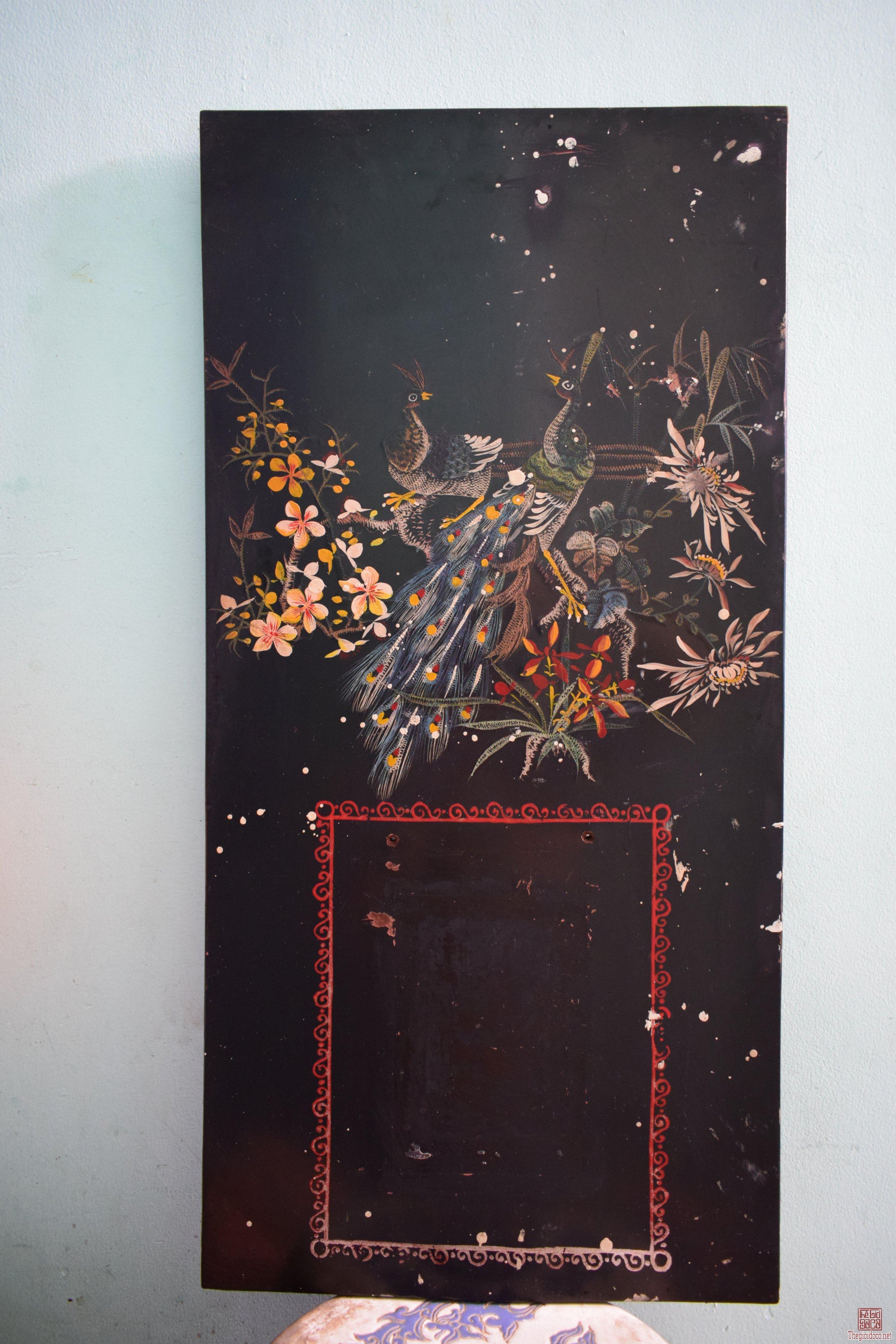 Tranh lịch sơn mài khắc trũng
