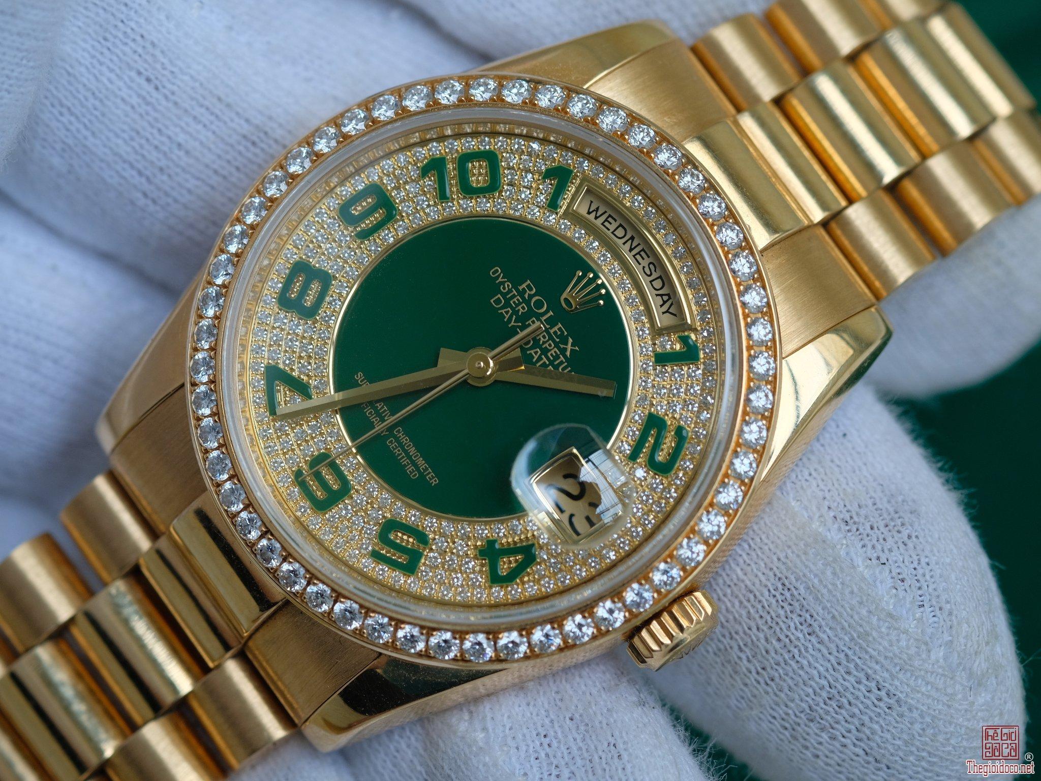 Đồng hồ Rolex 118348 Day-Date mặt lục bảo niềng kim cương zin chính hãng