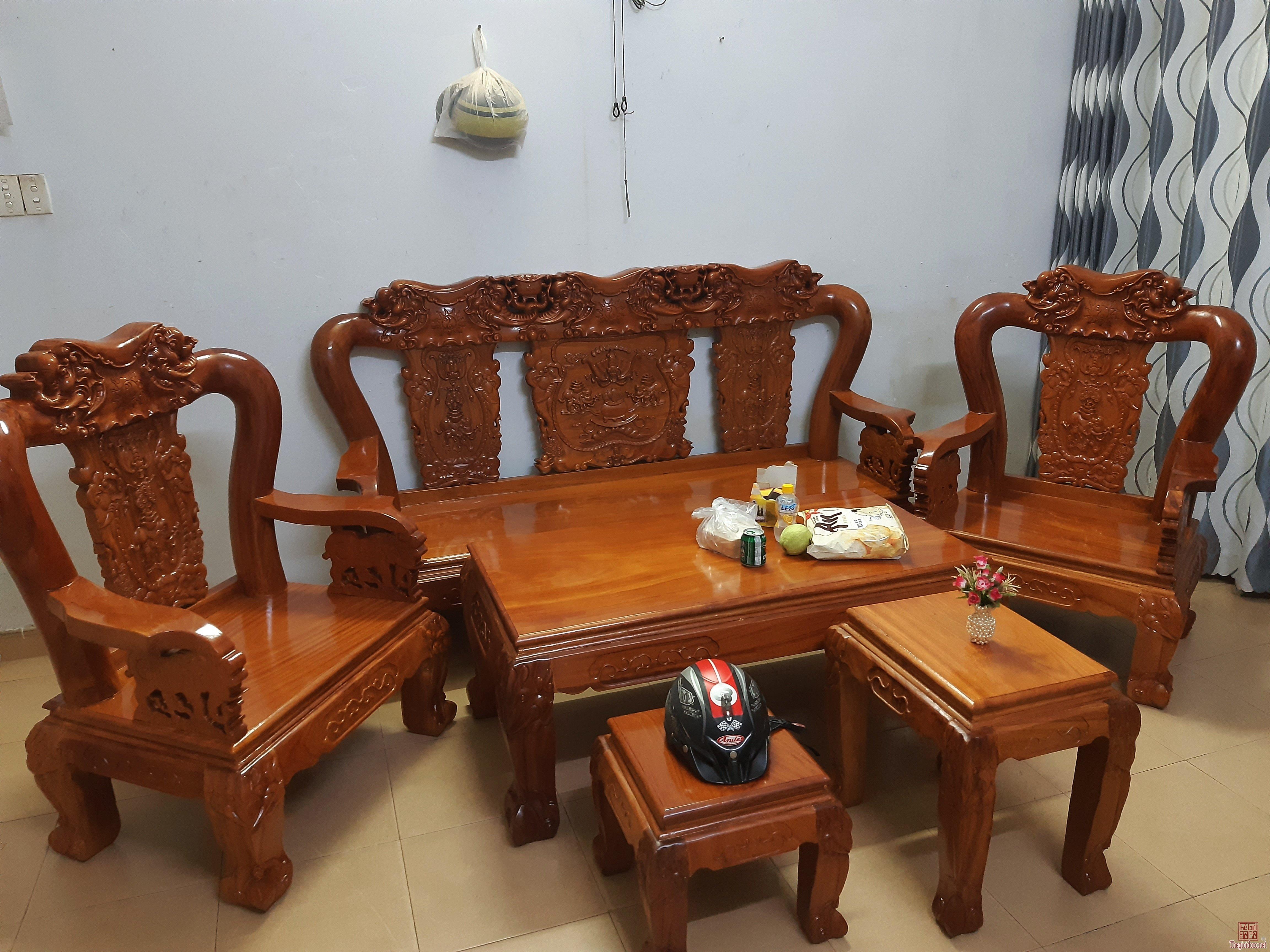 Cần thanh lý bộ ghế gỗ gõ tay 12