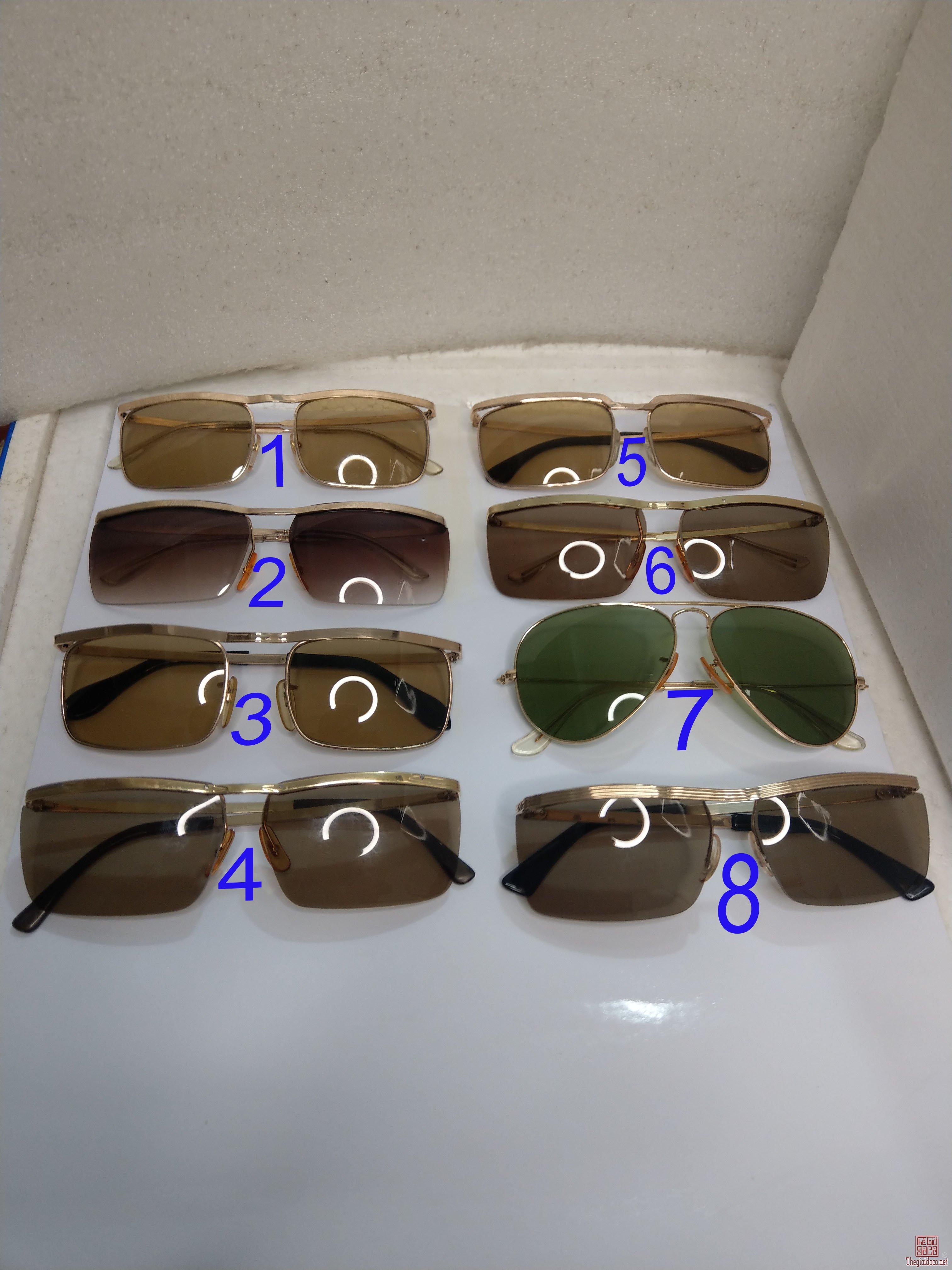 Có 8 cái kính cổ mạ vàng bọc vàng có đầy đủ các thương hiệu nổi tiếng trên toàn thế giới...