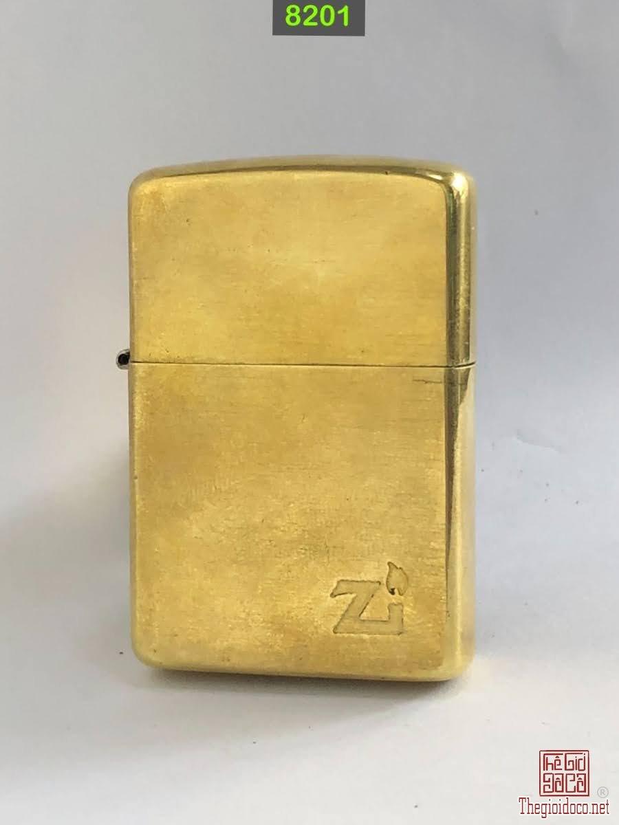 8201-Brass ( tẩy mạ chrome)1982 -tình trạng : đẹp , ko cấn móp ,âm TB -