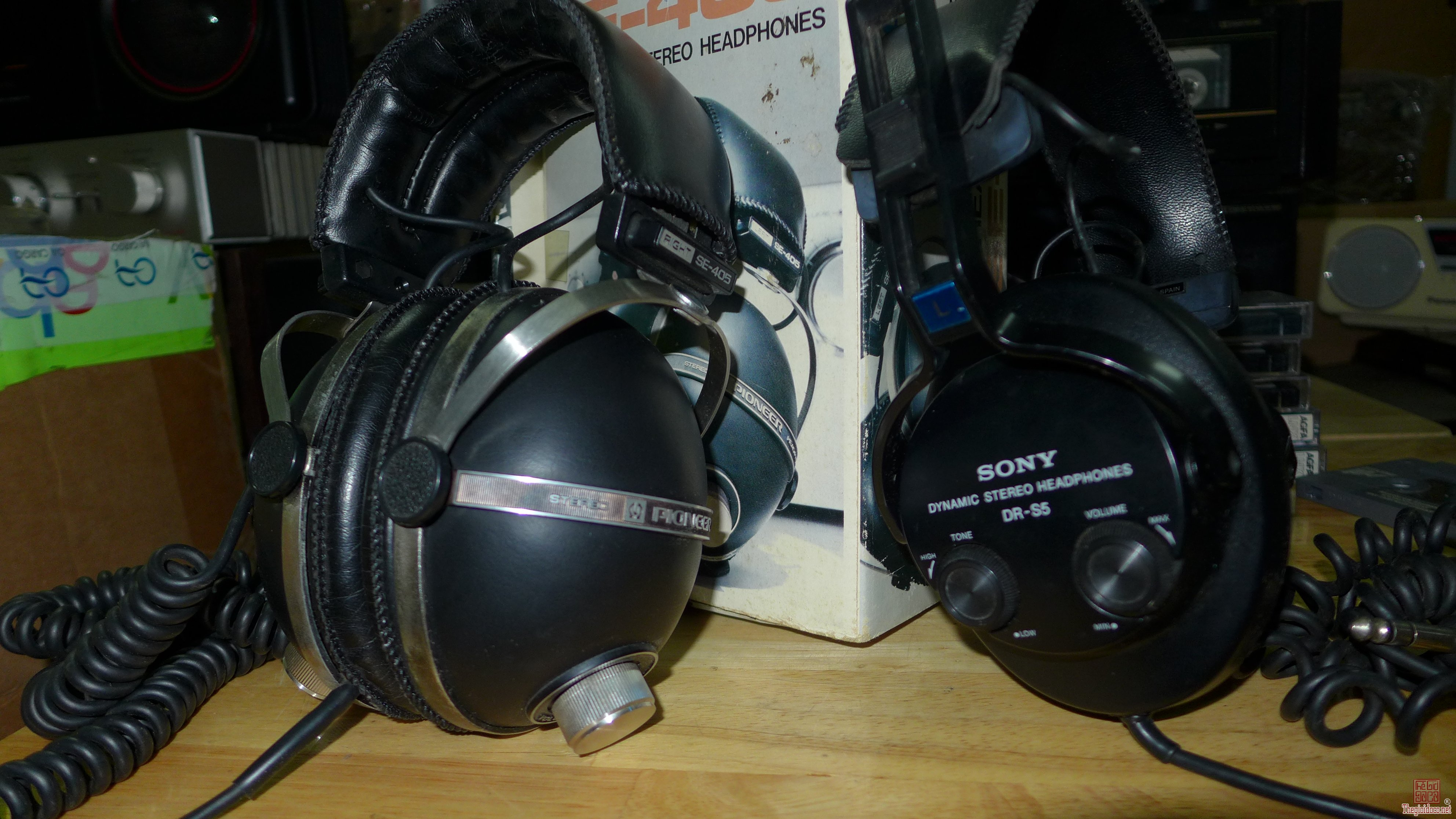 HCM - Quận 10 - Bán headphone Pionner SE-405 và Sony DR-S5