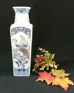 Bình hoa sứ nhỏ của JAPAN, nhâp...