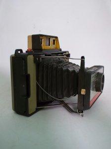 máy ảnh polaroid land model 220...
