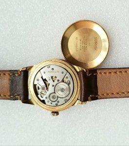 Đồng hồ xưa lên dây GUBELIN...