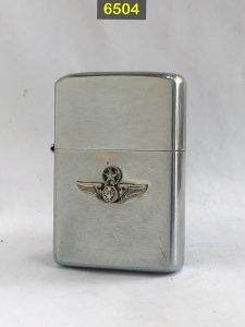 6504- chữ xéo 1965  Chủ đề quân...