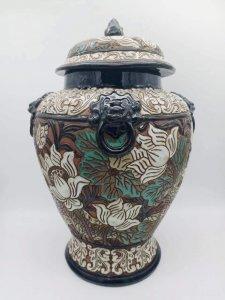 Chóe Biên Hòa xưa(men đá...