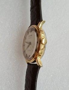 Đồng hồ xưa tự động HELVETIA...