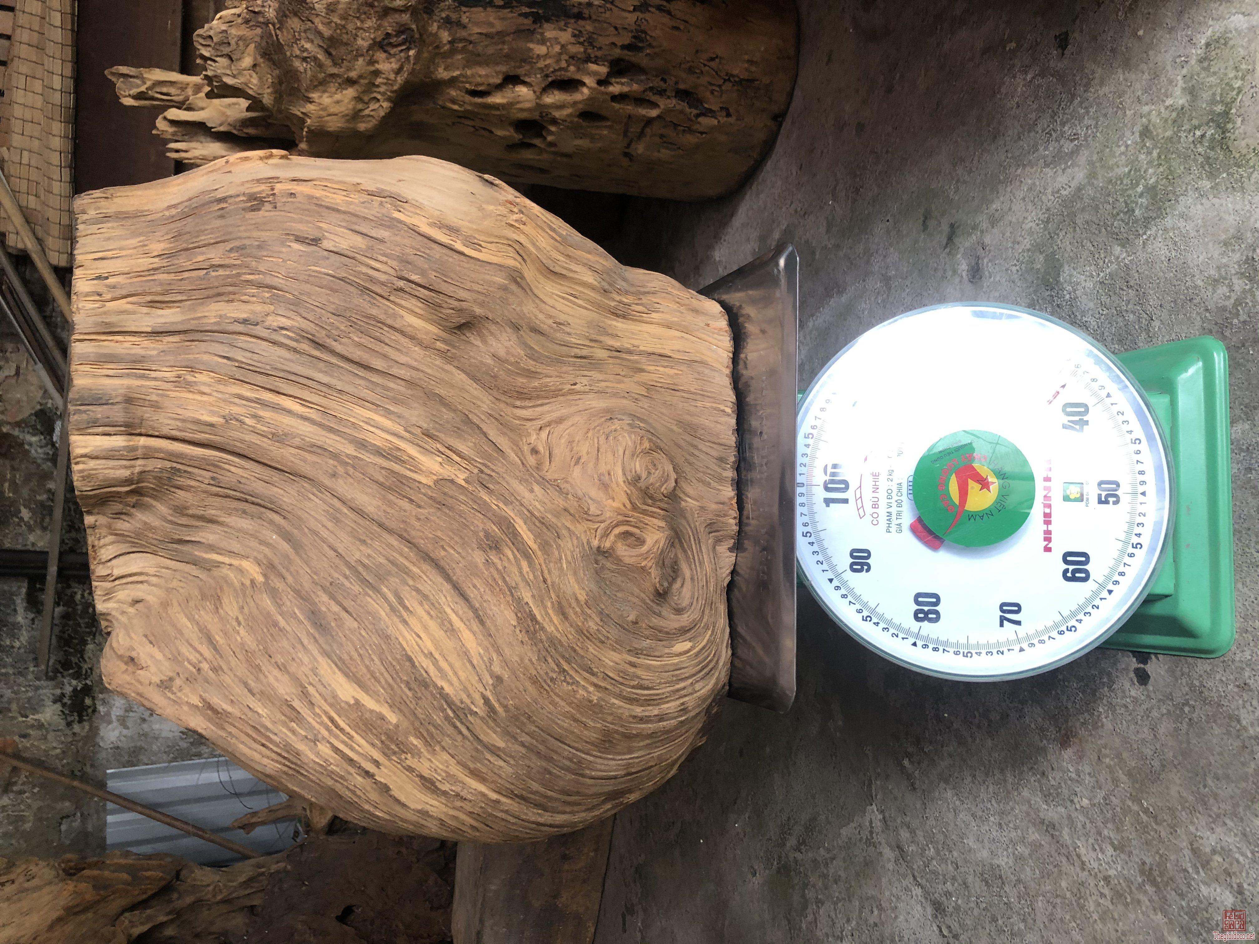 Giao lưu phôi pomu cao 45, ngang 45, sâu 30 nặng 36kg.  Zalo 0975.662.168
