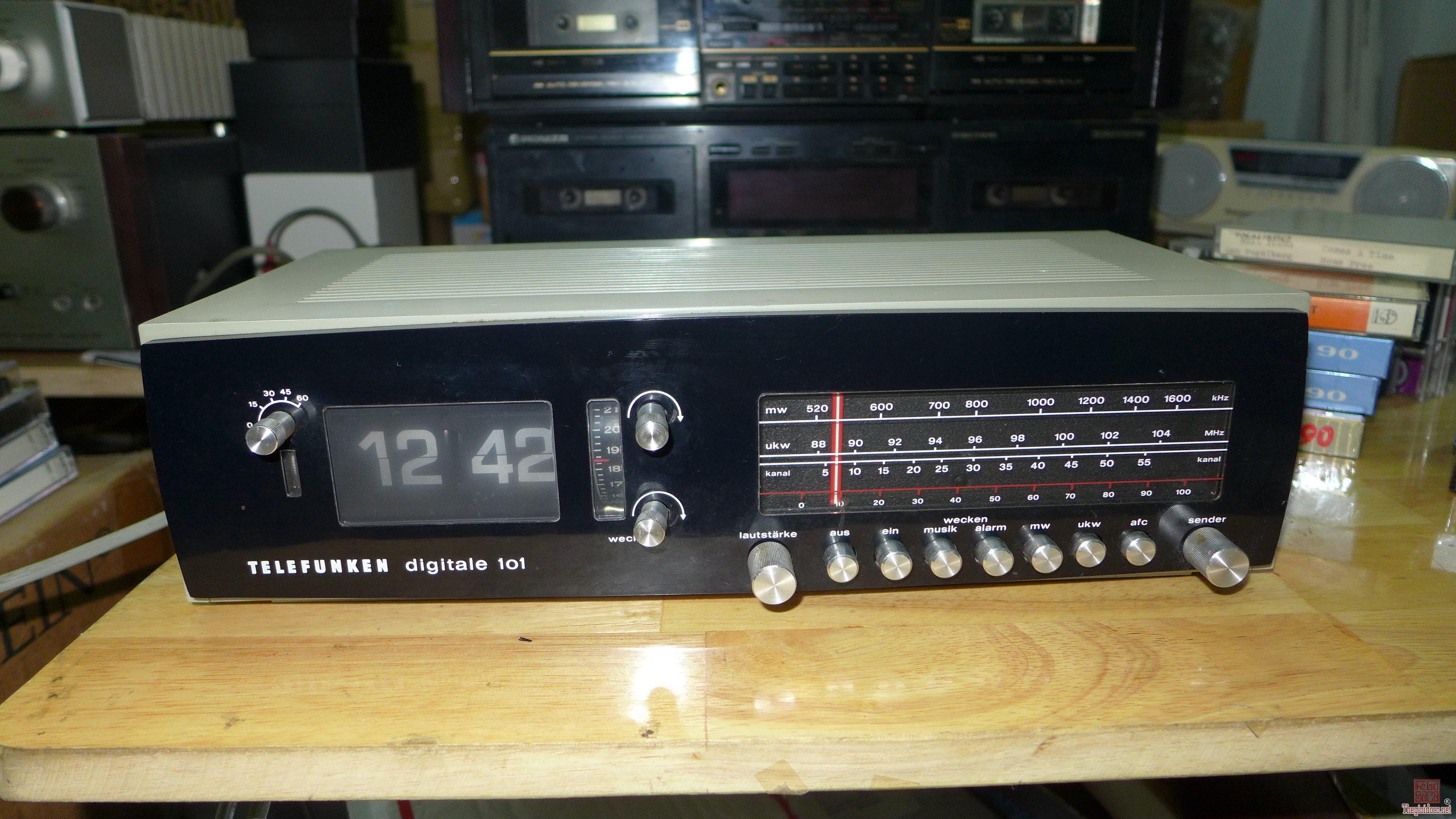 HCM - Q10 - Bán radio Telefunken Digitale 101.