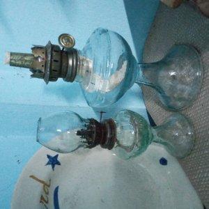 Giao lưu:2 đèn dầu xưa thấp...