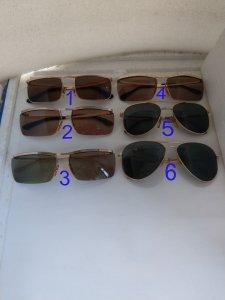 Có 6 cái kính cổ mạ vàng bọc...
