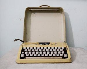 máy đánh chữ HERMES baby Thụy...