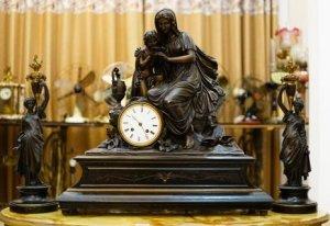 Đồng hồ để bàn Pháp cổ