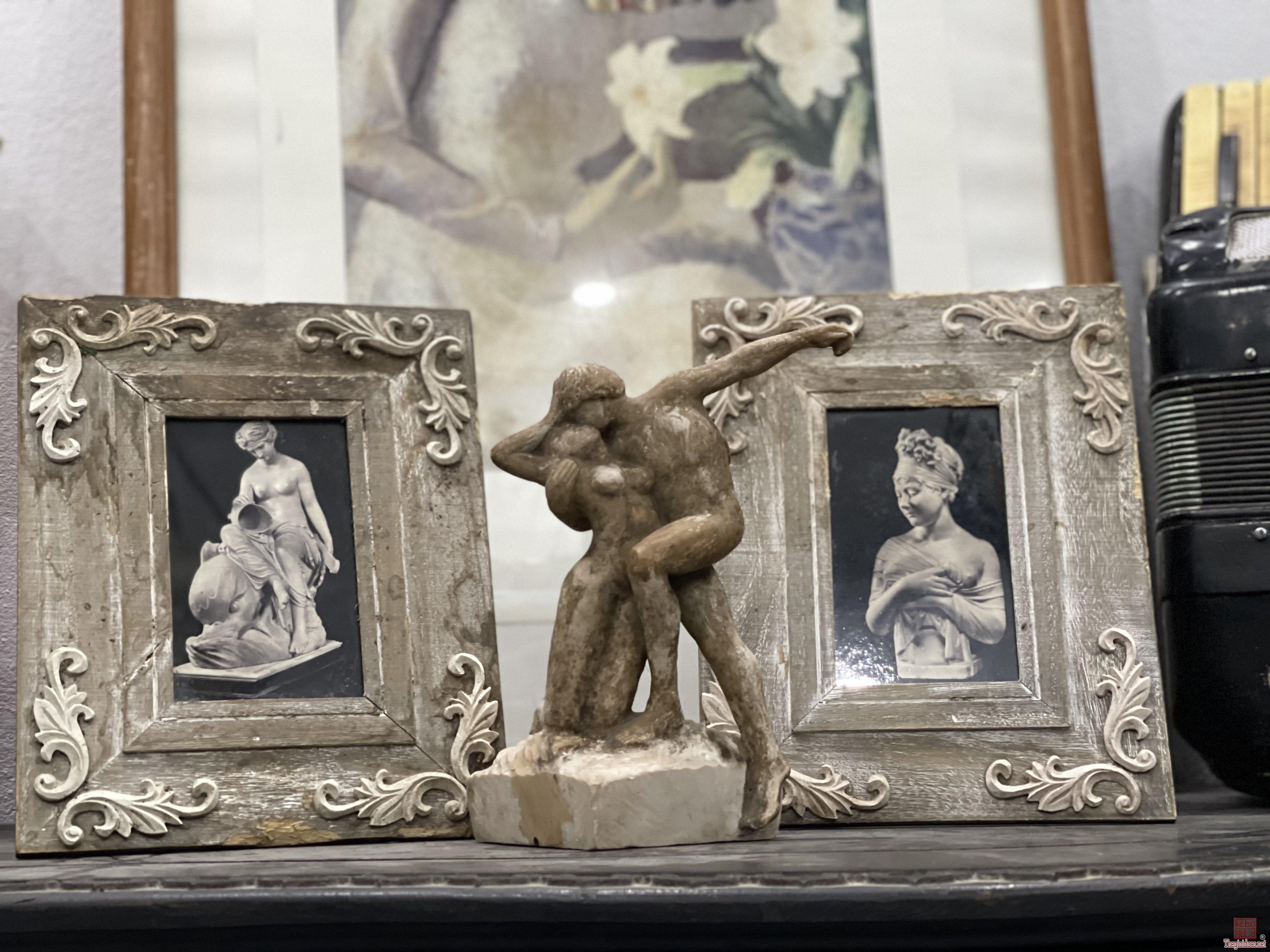 Ba món nghệ thuật