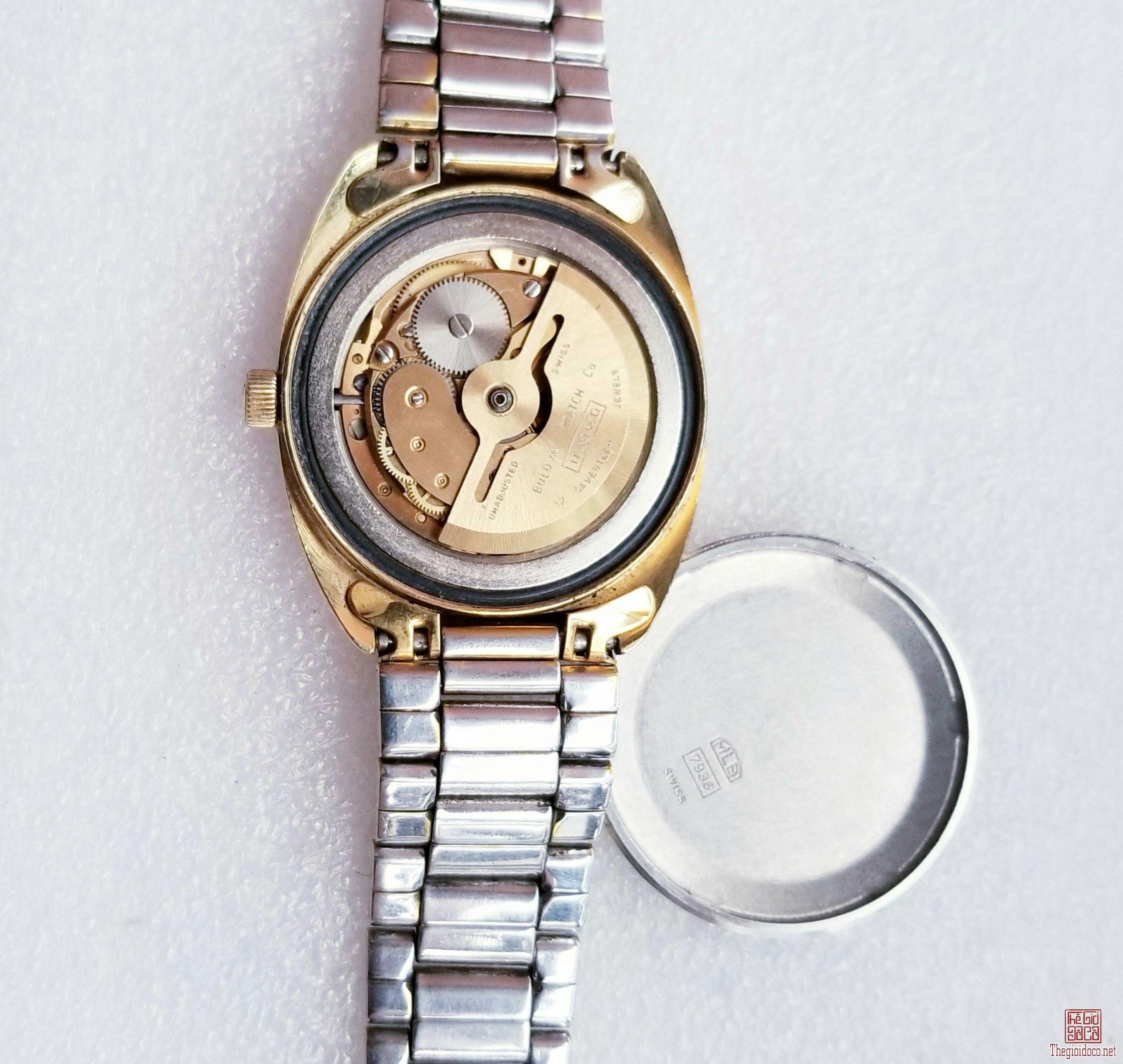 Đồng hồ xưa tự động BULOVA Thụy Sỹ