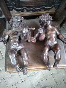 Đôi tượng thiên thần Pháp cổ