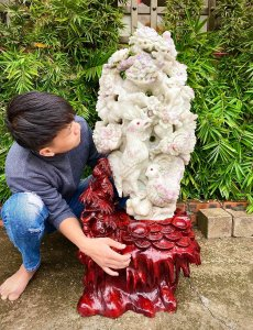 Đá Quý Ruby, điêu khắc Gà Tài...